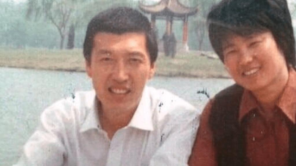 רעייתו של מתרגל פאלון גונג ניסתה להציל את בעלה הכלוא בשל אמונתו, ומתה לאחר שהרשויות התעללו בה בכלא ומחוצה לו